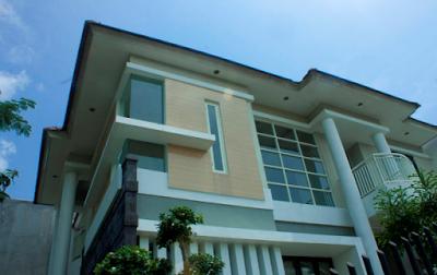 foto jendela sudut rumah minimalis