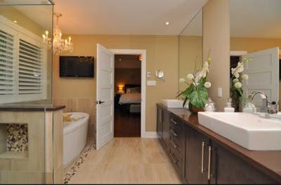 Desain kamar mandi rumah mewah minimalis lantai atas