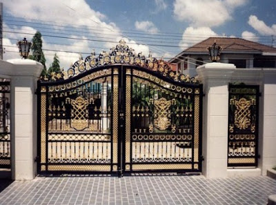 Rumah mewah minimalis dengan pagar cantik