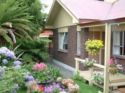 gambar rumah model kampung dari batu alam