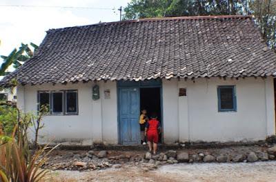 gambar rumah sangat sederhana di kampung