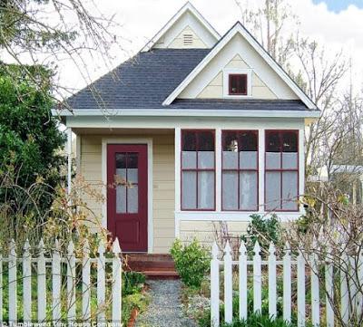 gambar rumah sederhana di pedesaan kuning