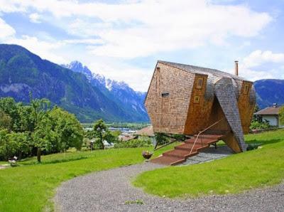 rumah idaman dari kayu unik dan klasik