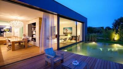 rumah mewah minimalis dengan kolam renang